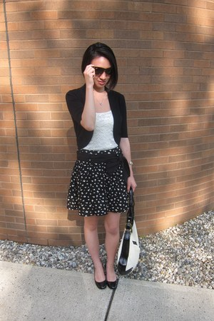 black Zara skirt - cream Bally bag - dark brown rayban sunglasses