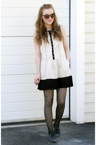 brogue Topshop shoes - blacknwhite Urban Outfitters dress - tortoise shell Urban