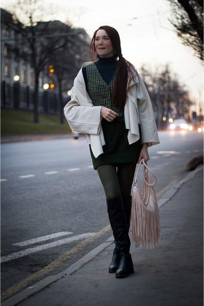 black RiaRosa boots - ivory idaLaida jacket - neutral H&M bag