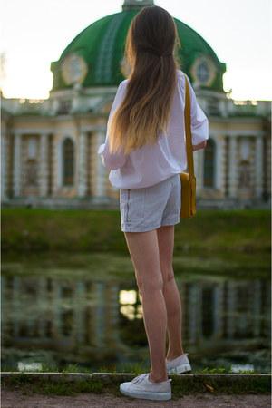 black idaLaida shorts - ivory idaLaida blouse