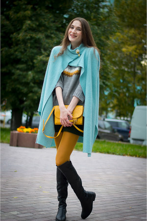 sky blue idaLaida coat - forest green idaLaida skirt
