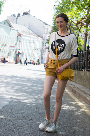white reserved sweater - mustard Mango bag - yellow idaLaida shorts