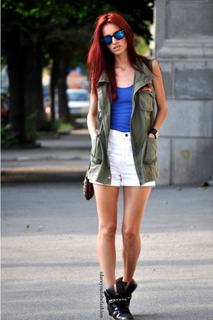 vest - bag - shorts - sunglasses - sneakers - top