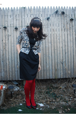 black BB Dakota dress - beige UO cardigan - red HUE tights