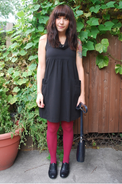 kensie dress - HUE tights - Paris shoes - thirfted purse