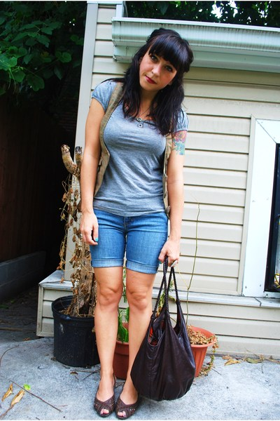 Roxy shorts - Aldo purse