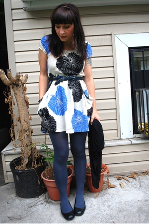 lux uo dress - American Apparel tights - thrifted belt - kensie sweater