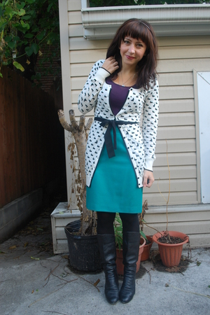 kensiegirl - Value Village skirt - kensiegirl t-shirt - Aldo boots