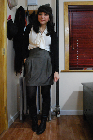 white vintage blouse - brown Zara skirt - black Aldo boots - black Uniqlo tights