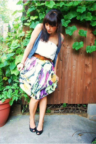 Mac & Jac skirt - AG belt - modcloth top - forever 21 vest