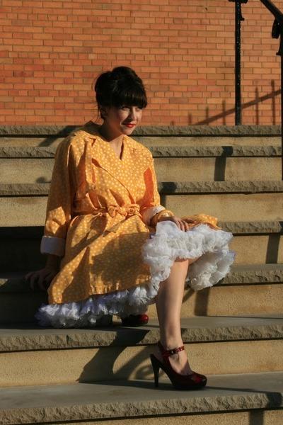 white vintage PETTICOAT skirt - red vintage Miu Miu shoes