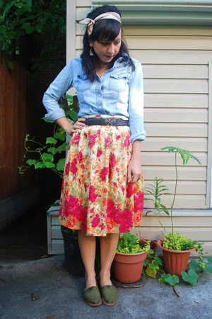 Charlotte Russe shirt - vintage skirt - TOMS shoes