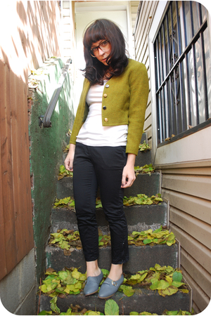 green Dusty Rose Vintage jacket - black kensiegirl pants - white f21 t-shirt - g