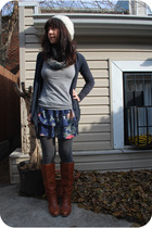gray ROOTS tights - brown vintage Dexter boots - white kni DIY hat