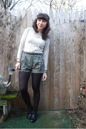 white vintage top - beige barbados shorts - black vintage shoes