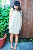 brown leopard print Friend shoes - beige linen kensie dress - dress