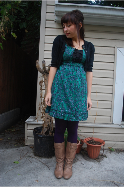 2347cbff4f6 BB Dakota - kensiegirl dress - HUE tights - Steve Madden boots
