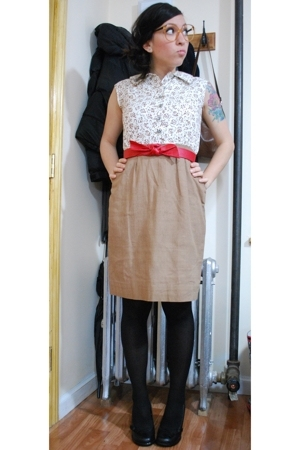vintage dress - given by friend belt - Target tights - le chateau shoes