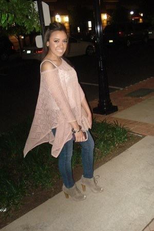 tan Loft shoes - blue jeans - light pink cape