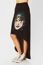 WONDER WOMAN High - Low Dip Hem Maxi Skirt
