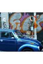 beige longchamp bag - dark khaki vintage shirt - periwinkle H&M shorts