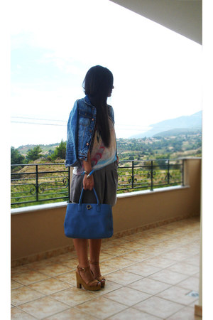 olive green Toi & Moi shorts - periwinkle Zara jacket - blue lamarthe bag