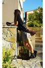 Studded-zara-boots-toi-moi-shorts-athens-fno-t-shirt-t-shirt