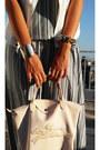 Silver-oasap-bracelet-silver-sprider-bracelet-eggshell-longchamp-bag