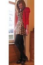 leopard print Motel dress - red puff sleeves Primark cardigan