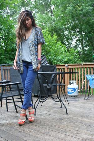 Hudson jeans - Converse shirt - Modern Vintage heels