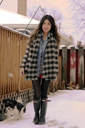 buffalo plaid Zara sweater - wellies Hunter boots