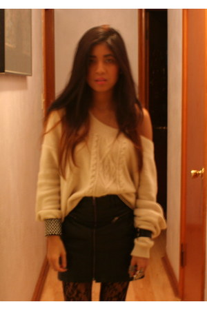 Dolce Vita shoes - free people sweater - Forever 21 tights - H&M skirt