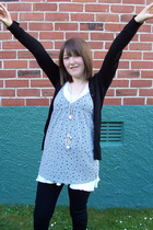 Glassons top - thrifted top - Kmart - supre -