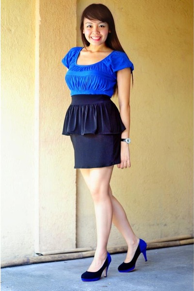 blue Kamiseta top - black skirt - pumps - watch
