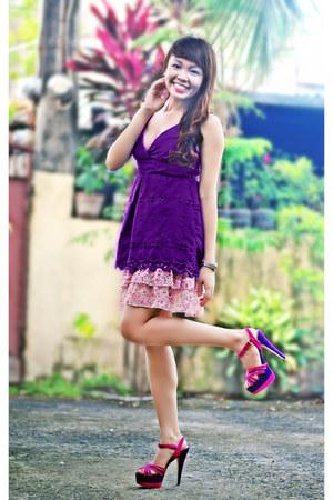 hot pink Call it Spring heels - bubble gum skirt - purple top