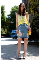turquoise blue acne skirt - yellow Isabel Marant t-shirt