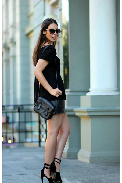 black Cubus t-shirt - black Thomas Burberry skirt - black Alexander Wang heels