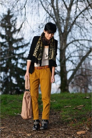 vintage scarf - Zara jacket - Bershka bag - pull&amp;bear top - Zara sandals