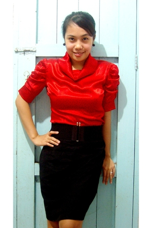 red random find top - black random find skirt - black vintage belt