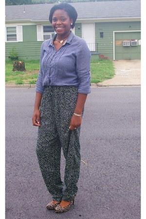 blue polka dots Thrift Store pants - dark khaki animal print Forever 21 pumps