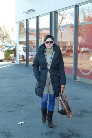 Zara jacket - Zara tights - Louis Vuitton bag - H&M sunglasses