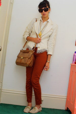 tawny J Brand jeans - beige vintage blazer - beige vintage shirt - brown bag