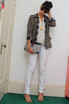 heather gray Mossimo shirt - black Mossimo shirt - white BDG jeans