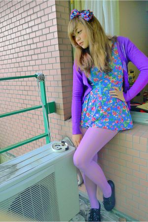purple argyle cardigan - black lace up shoes - purple striped tights