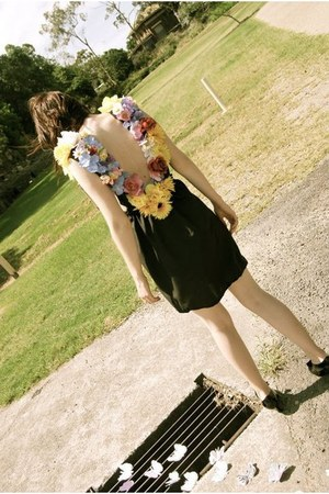 flowers yellowcake dress