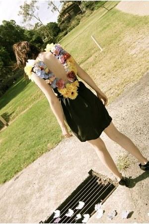 flowers yellowcake dress