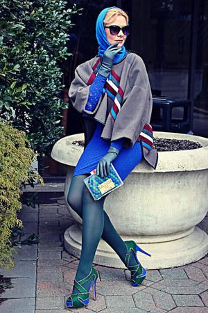 blue lace stretch poof dress - donna karan tights - blue soft vintage scarf