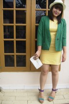 vintage blazer - vintage dress - Clarks shoes - gift from estee lauder purse - T