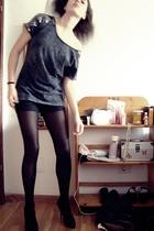 black baggy shiny Zara top - black heels basic Zara shoes