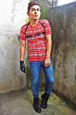 black HARNESS belt - black Dr Martens boots - red ITEMS shirt